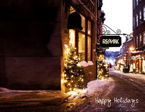 Button to customize design Remax Holiday Greeting Cards Portrait Template: 370073