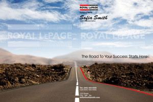 Button to customize design Royal LePage Pocket Folders Template: 317671